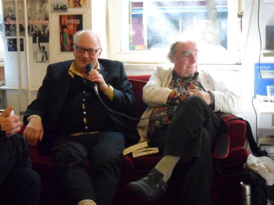 에티엔 발리바르(좌)와 프리더 오토 볼프(우)